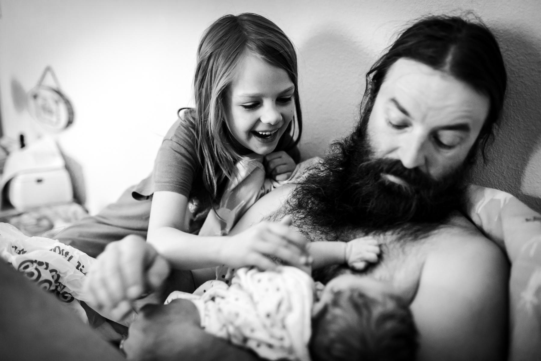 Denver-Birth-Older-Sister-Sees-Baby