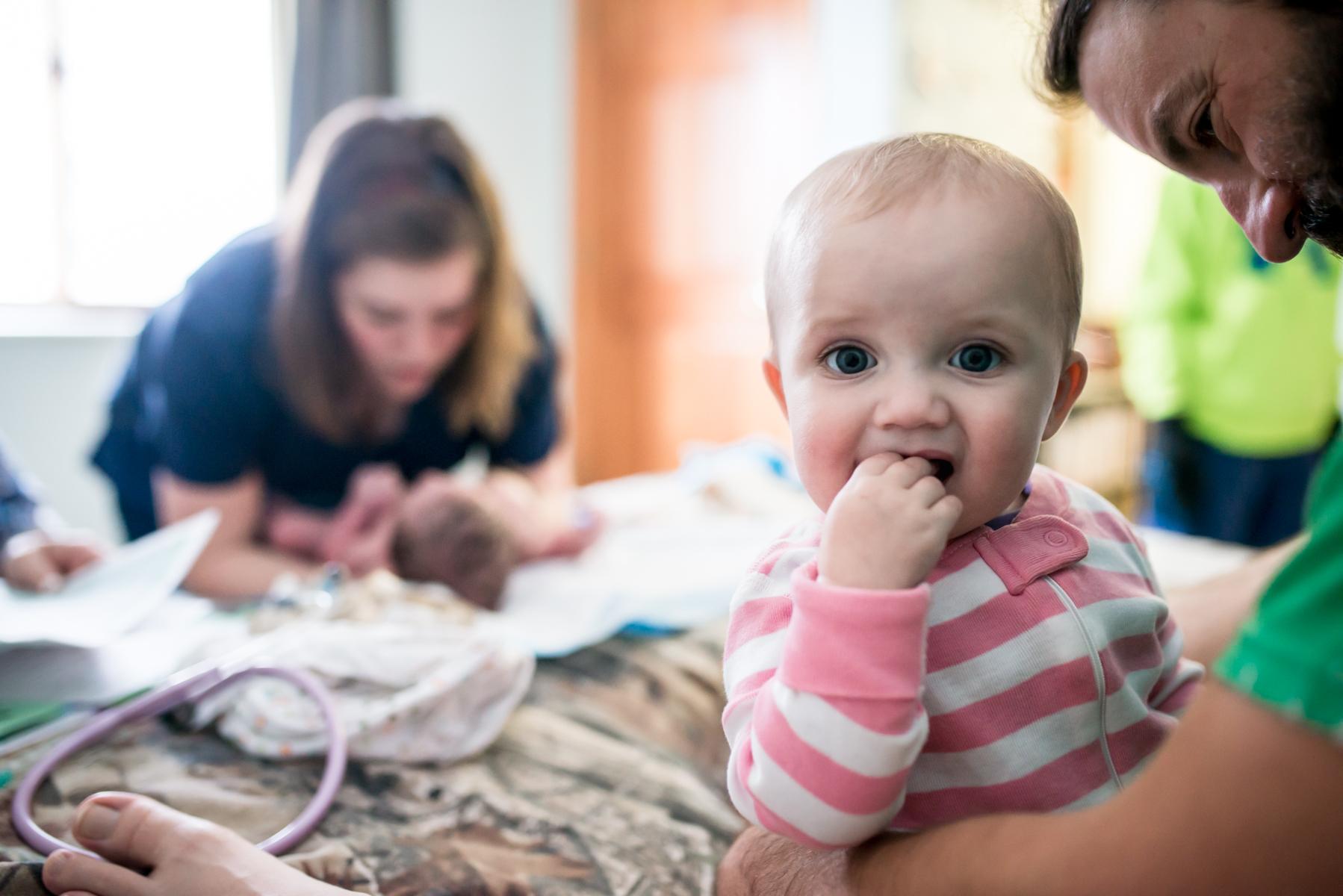 Baby-Watches-Newborn-Exam