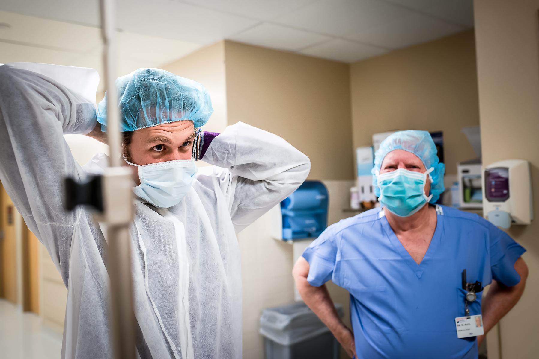denver-birth-photographer-dad-preparing-c-section