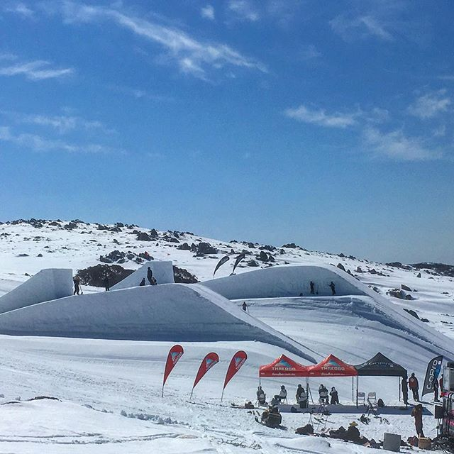 The @onehitwonderdu launch pads are ready for sending today!! Come check out the big air action all this week!! @thredboparks @thredboresort #SONTIMER #onehitwonder #thredbo