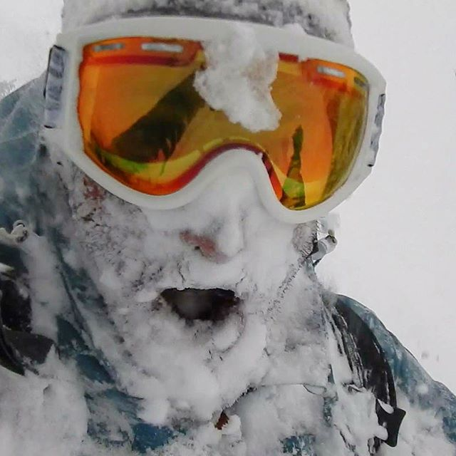 Who loves powder frothing!?! We do!! That's why we created the perfect lense for it....the Lava Low Light. #sontimer #ltd #pow #frothing