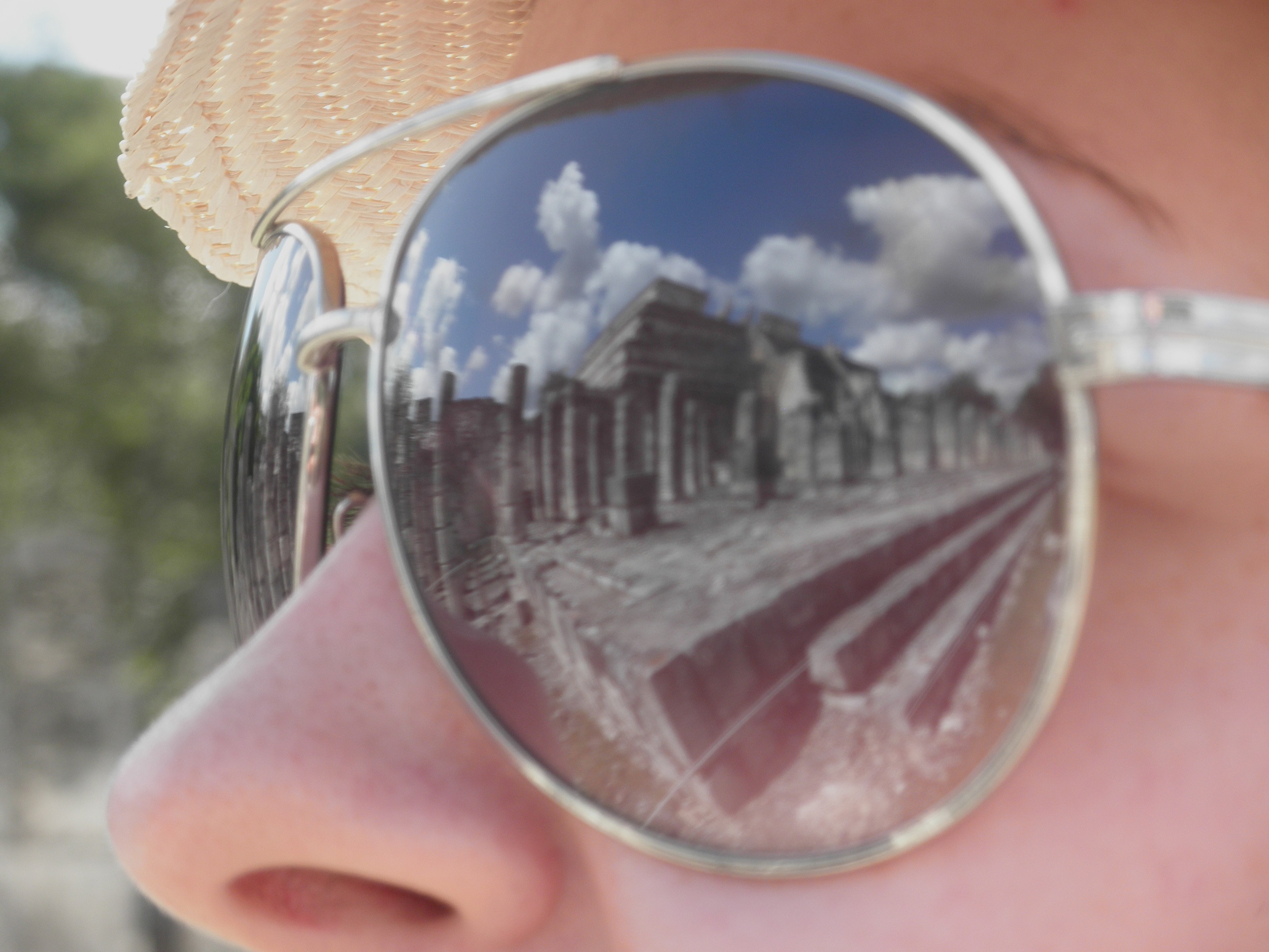 Chichen-Itza_Glasses_Day4.jpg