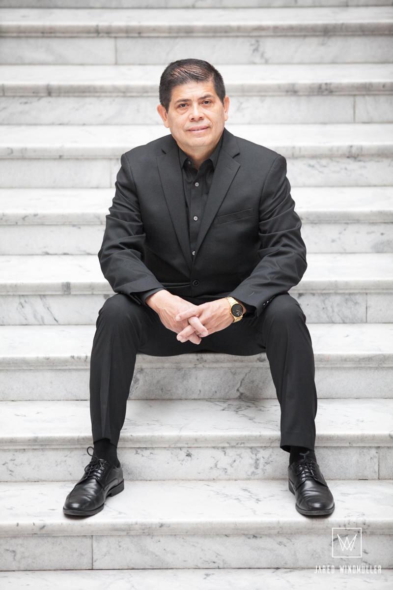 Álvaro Mora - •Ingeniero Industrial en Electrónica•Empresario•Instructor de Jóvenes Universitarios por más de 20 años en México y E.U.•Life & Business Coach•Master Practitioner PNL•Instructor Certificado de PNL•Certificado en Biodescodificación•Certificado en Inteligencia Emocional•Certificado en Neuro Marketing y Neuro Ventas•Certificado en Marca Personal por Jürgen Klaric•Certificado en Ventas por Jürgen Klaric·   Certificado en el Arte de hablar en Publico por el Dr. César Lozano•Autor de los libros