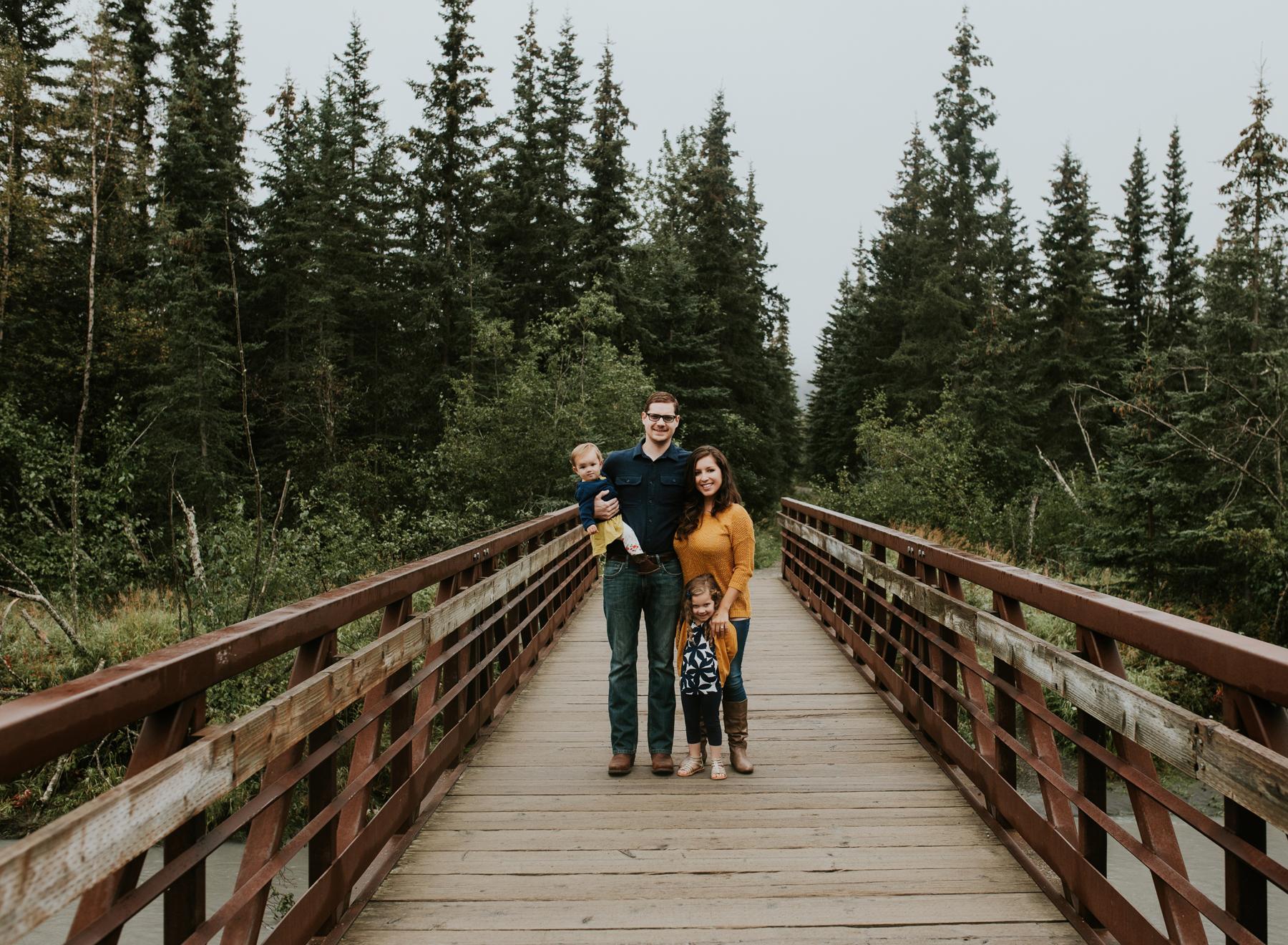 4eagleriveralaskafamilyphotographer.jpg