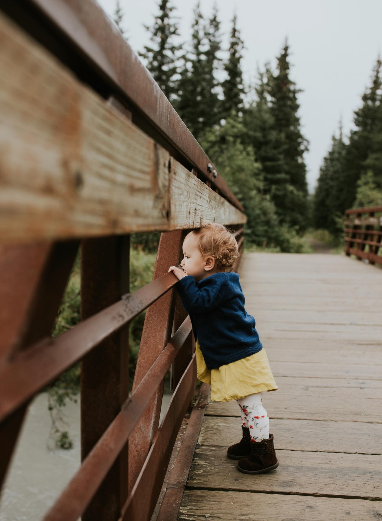 10eagleriveralaskafamilyphotographer.jpg