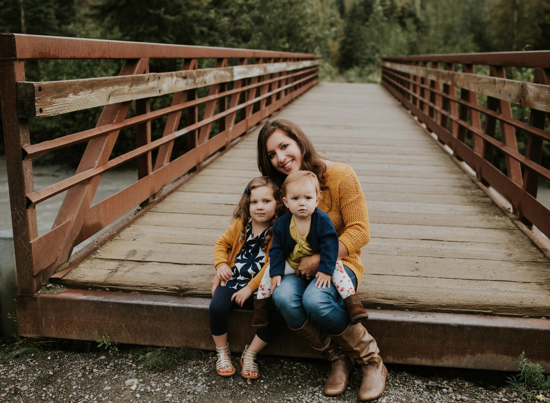21eagleriveralaskafamilyphotographer.jpg