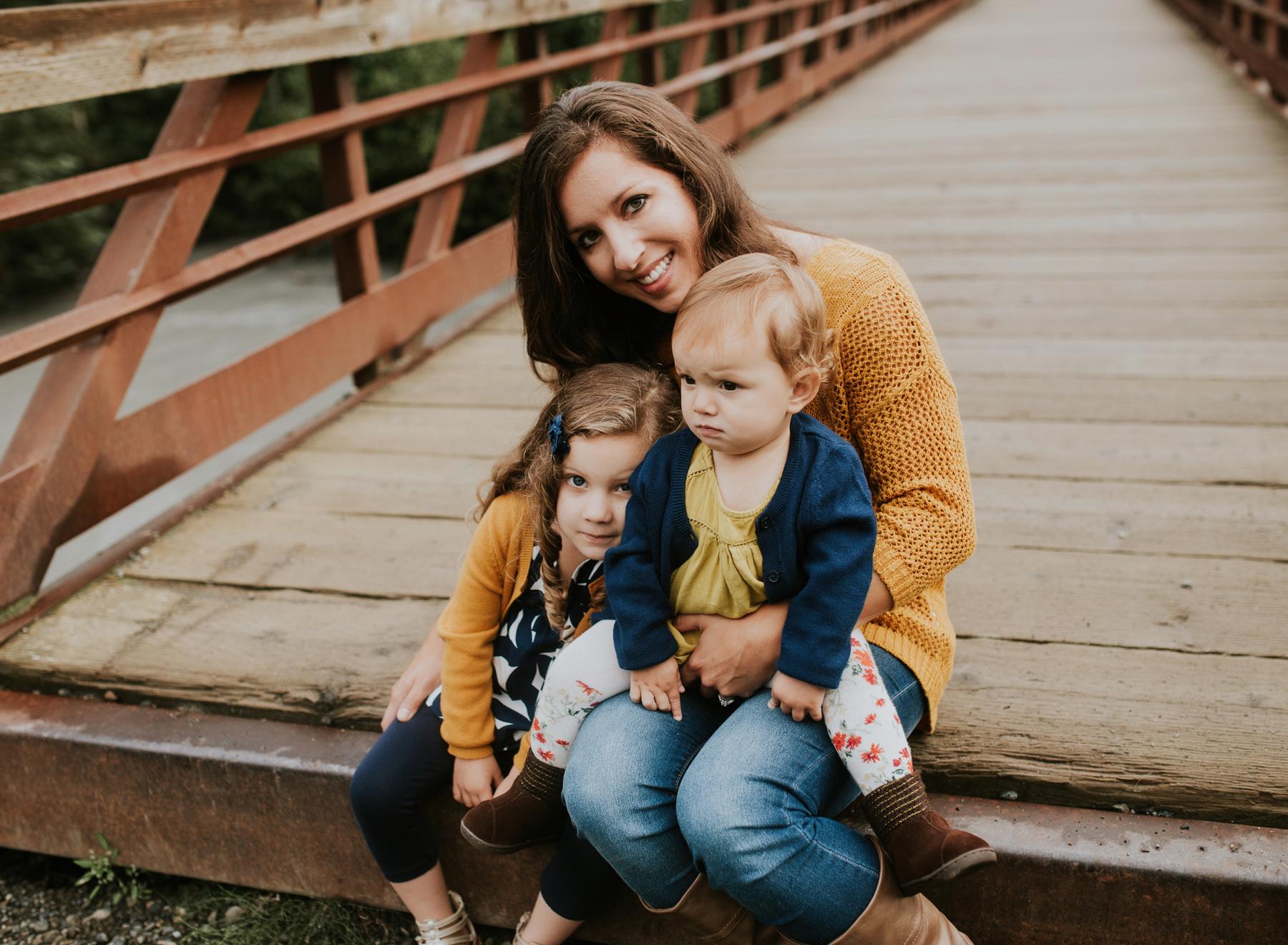 22eagleriveralaskafamilyphotographer.jpg