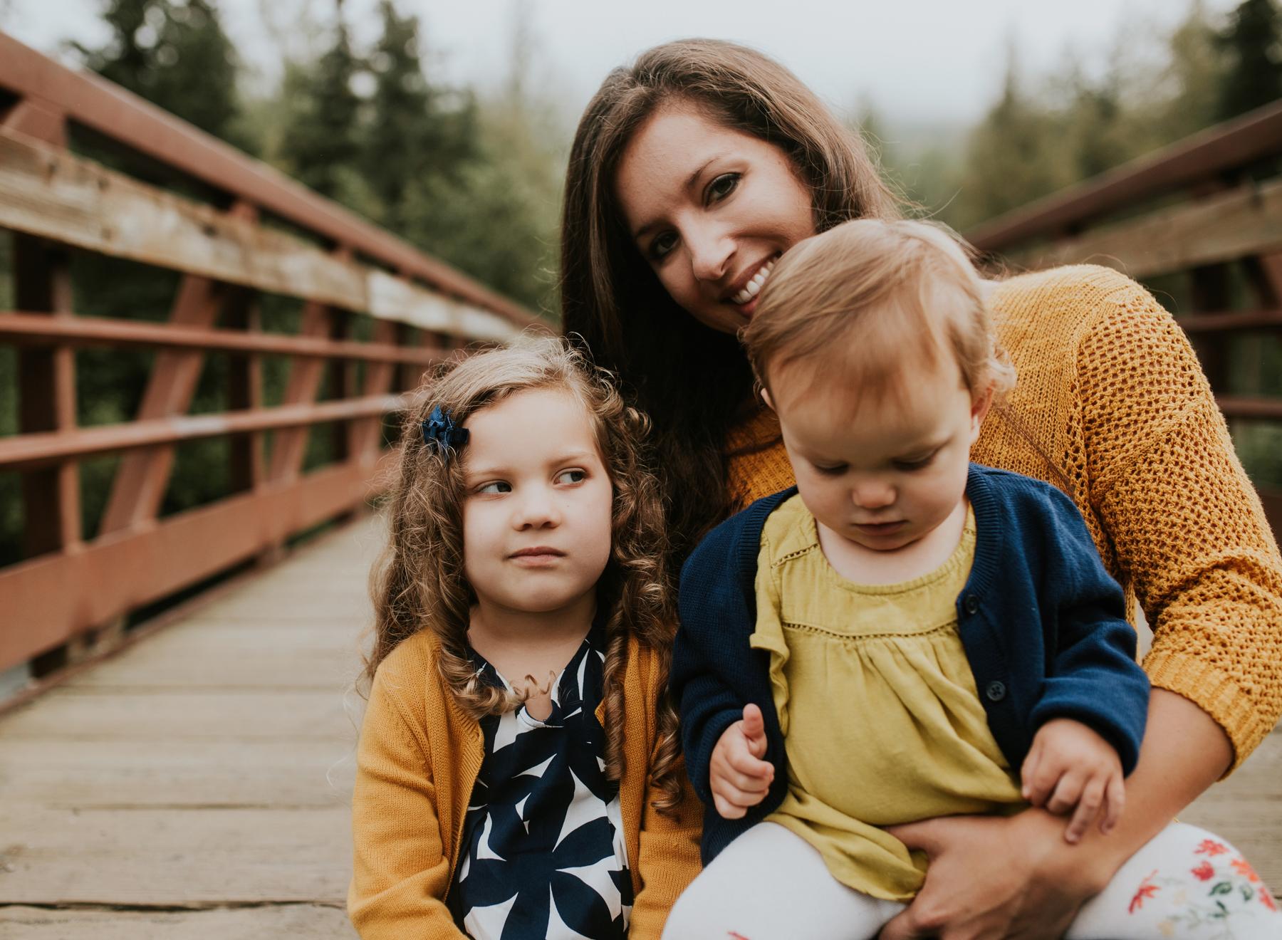 23eagleriveralaskafamilyphotographer.jpg