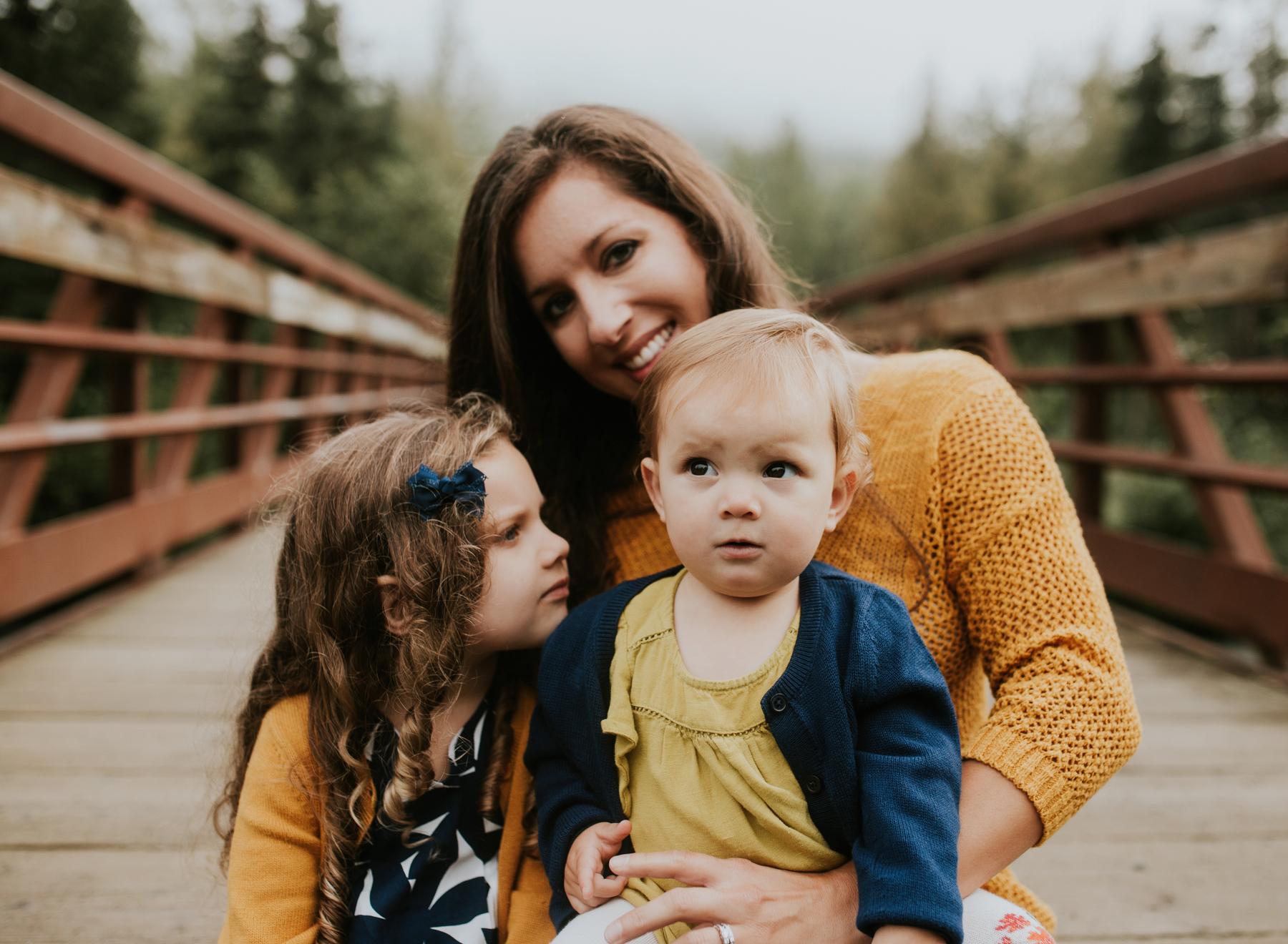 24eagleriveralaskafamilyphotographer.jpg