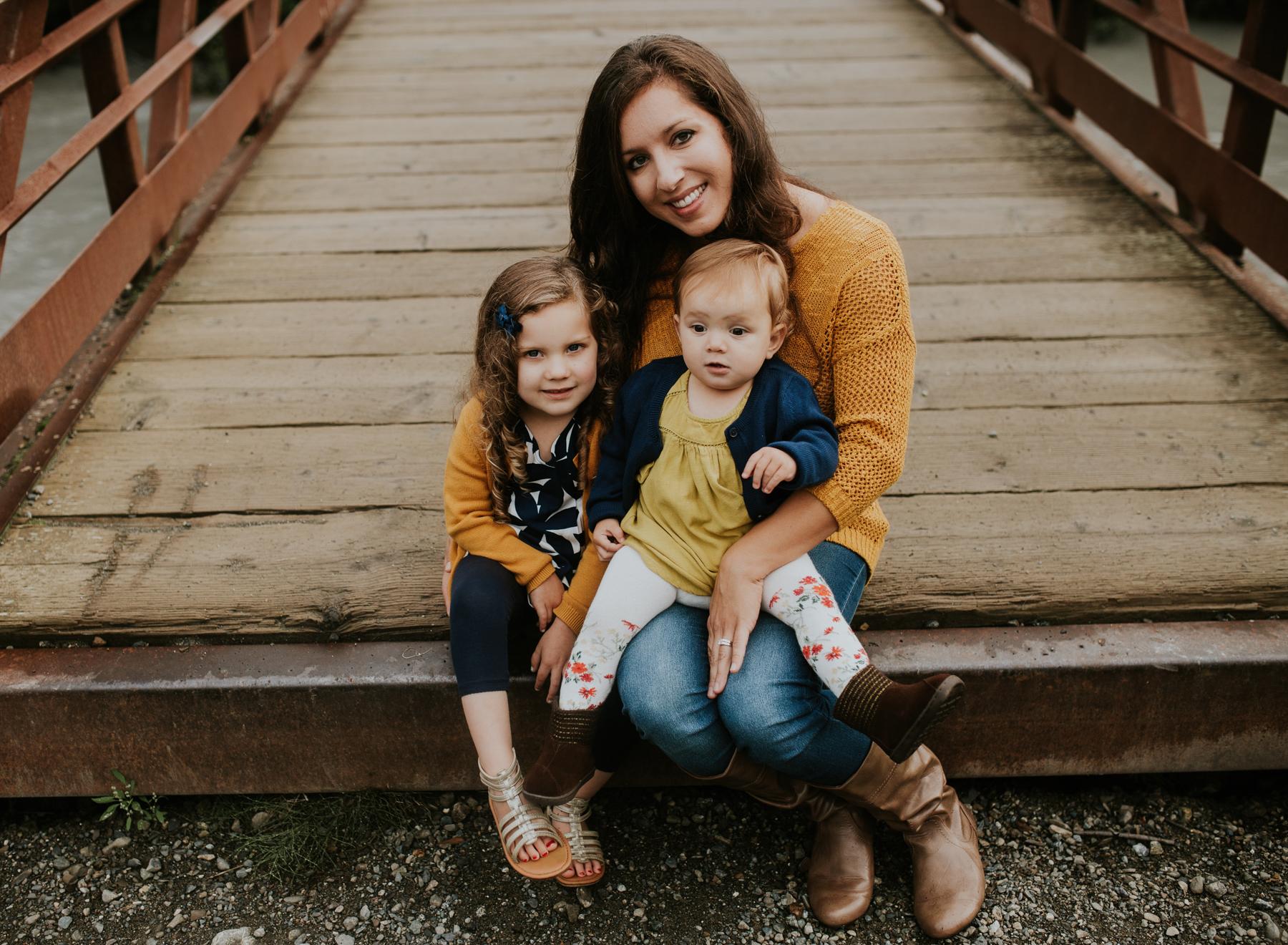 25eagleriveralaskafamilyphotographer.jpg