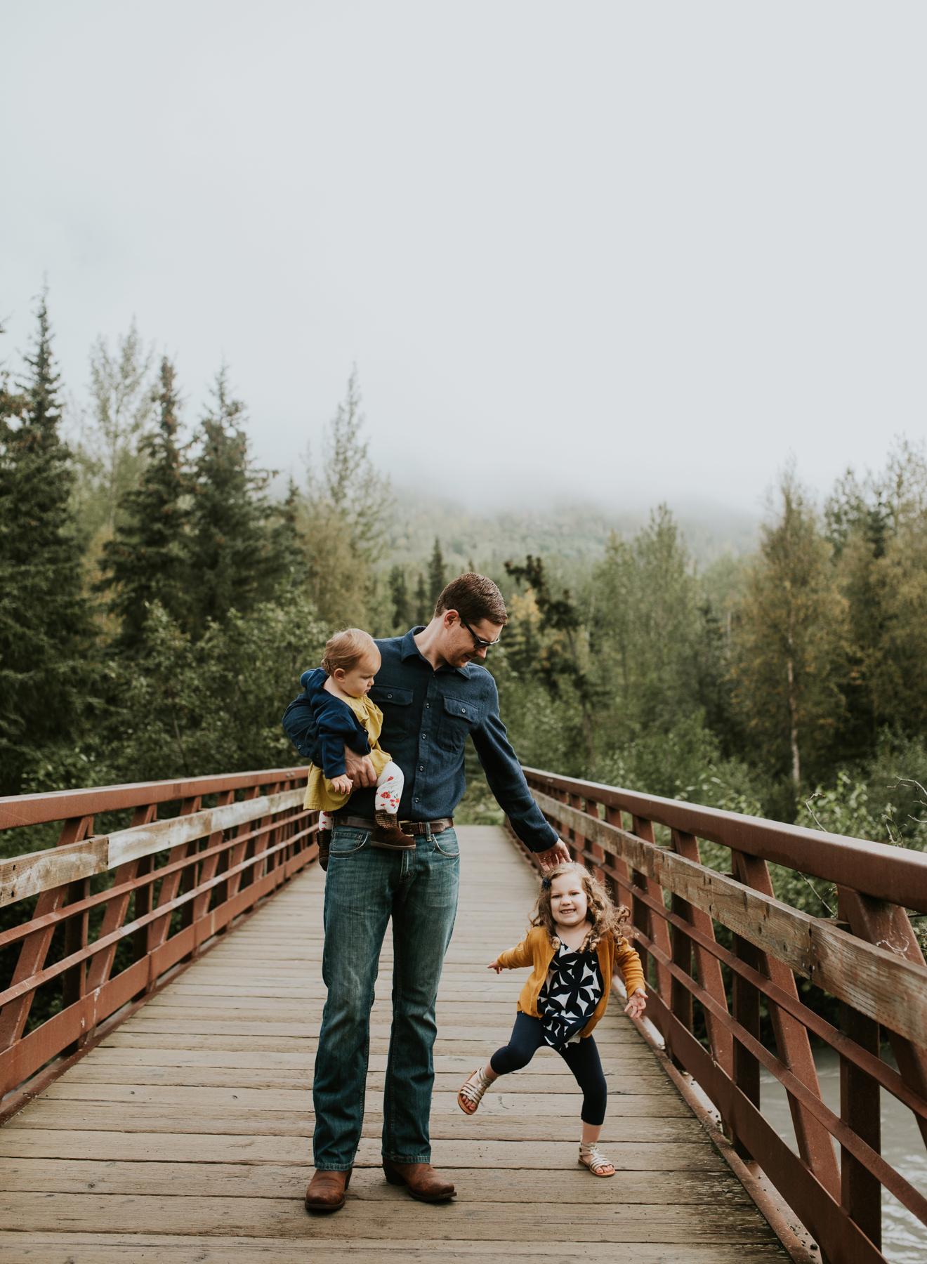 27eagleriveralaskafamilyphotographer.jpg