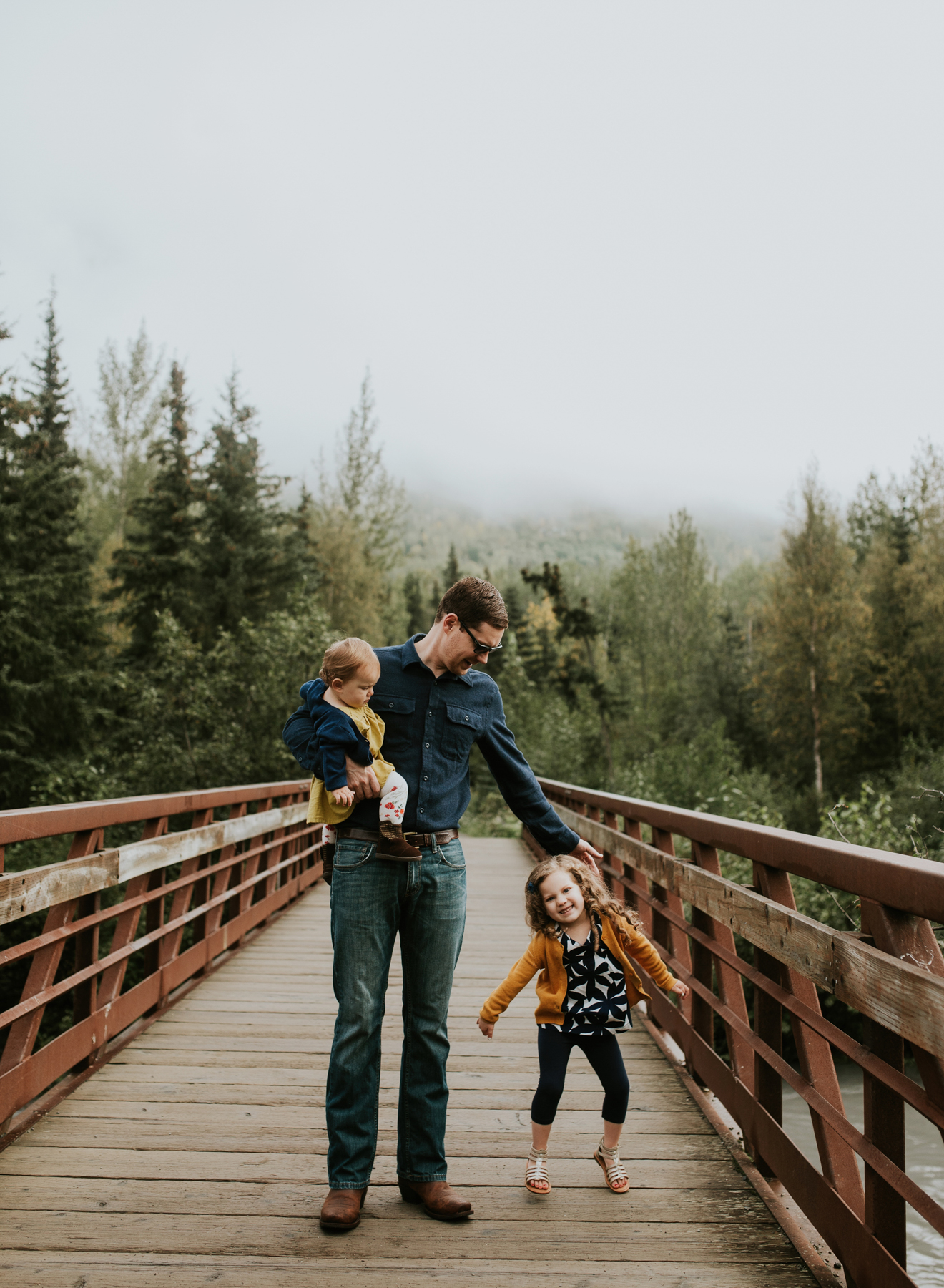 28eagleriveralaskafamilyphotographer.jpg