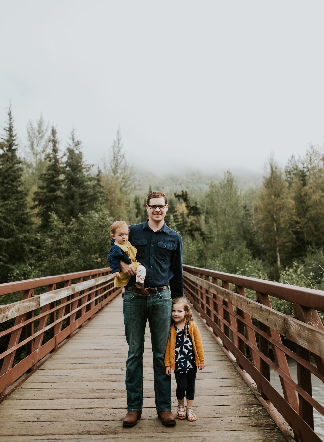 29eagleriveralaskafamilyphotographer.jpg