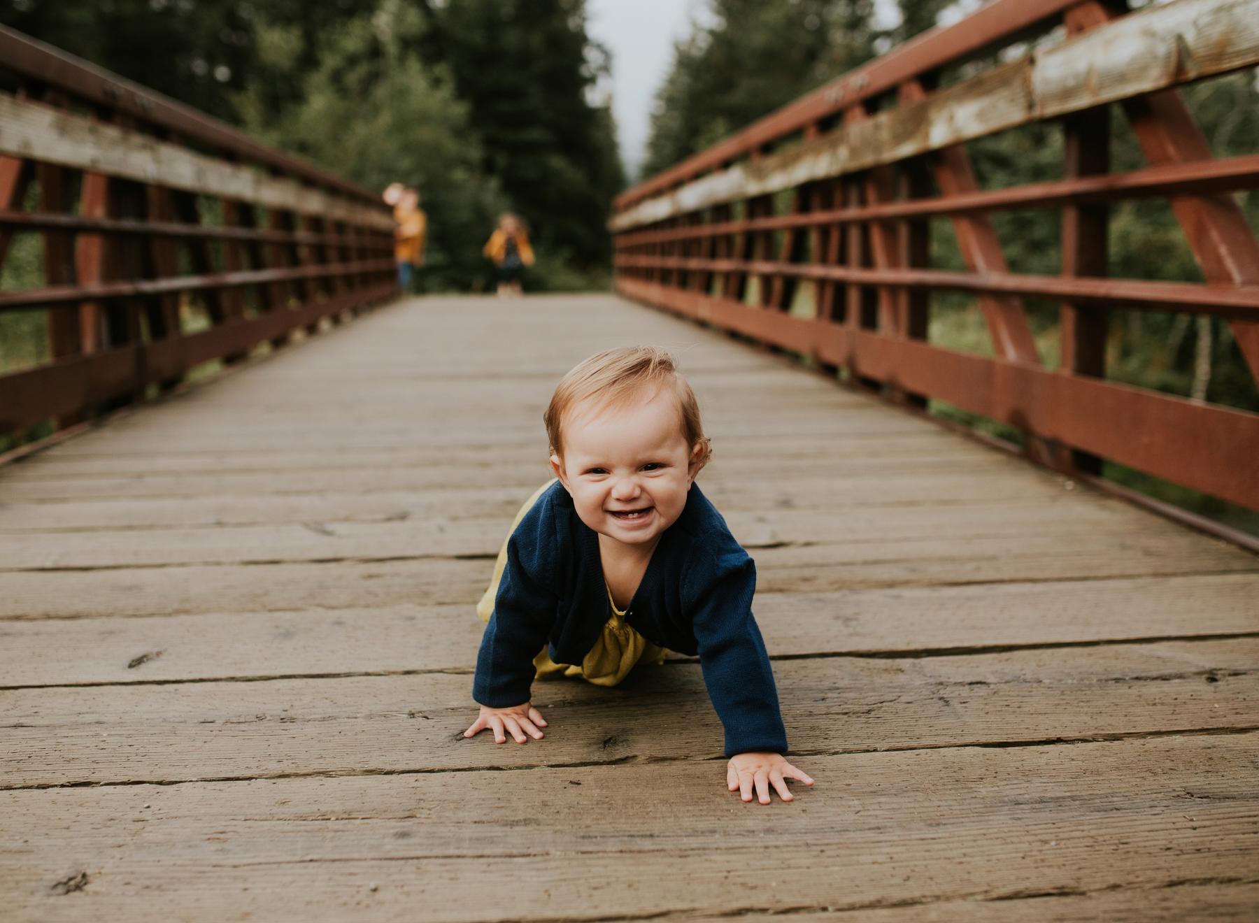 35eagleriveralaskafamilyphotographer.jpg