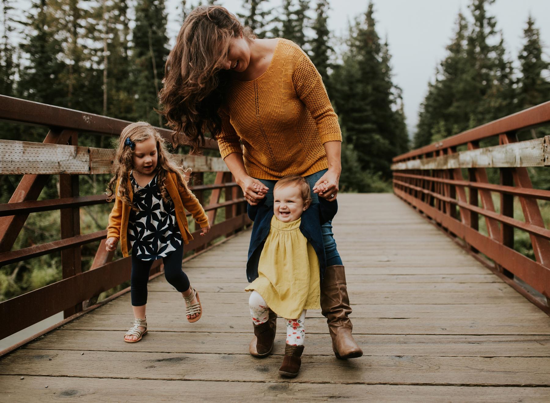 42eagleriveralaskafamilyphotographer.jpg