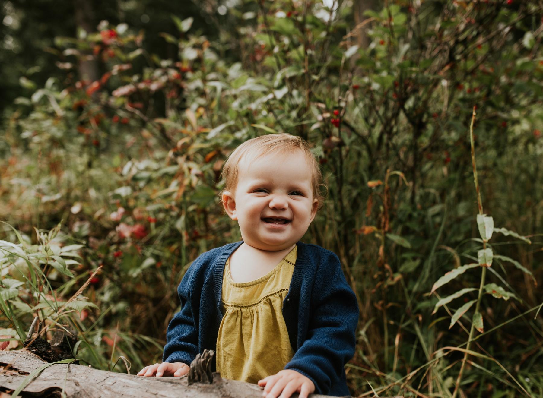 54eagleriveralaskafamilyphotographer.jpg