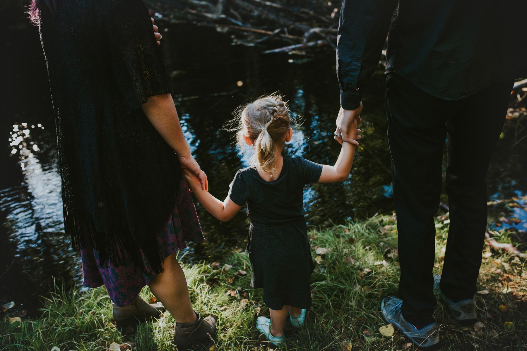 12eagleriveralasksafamilyphotographer.jpg