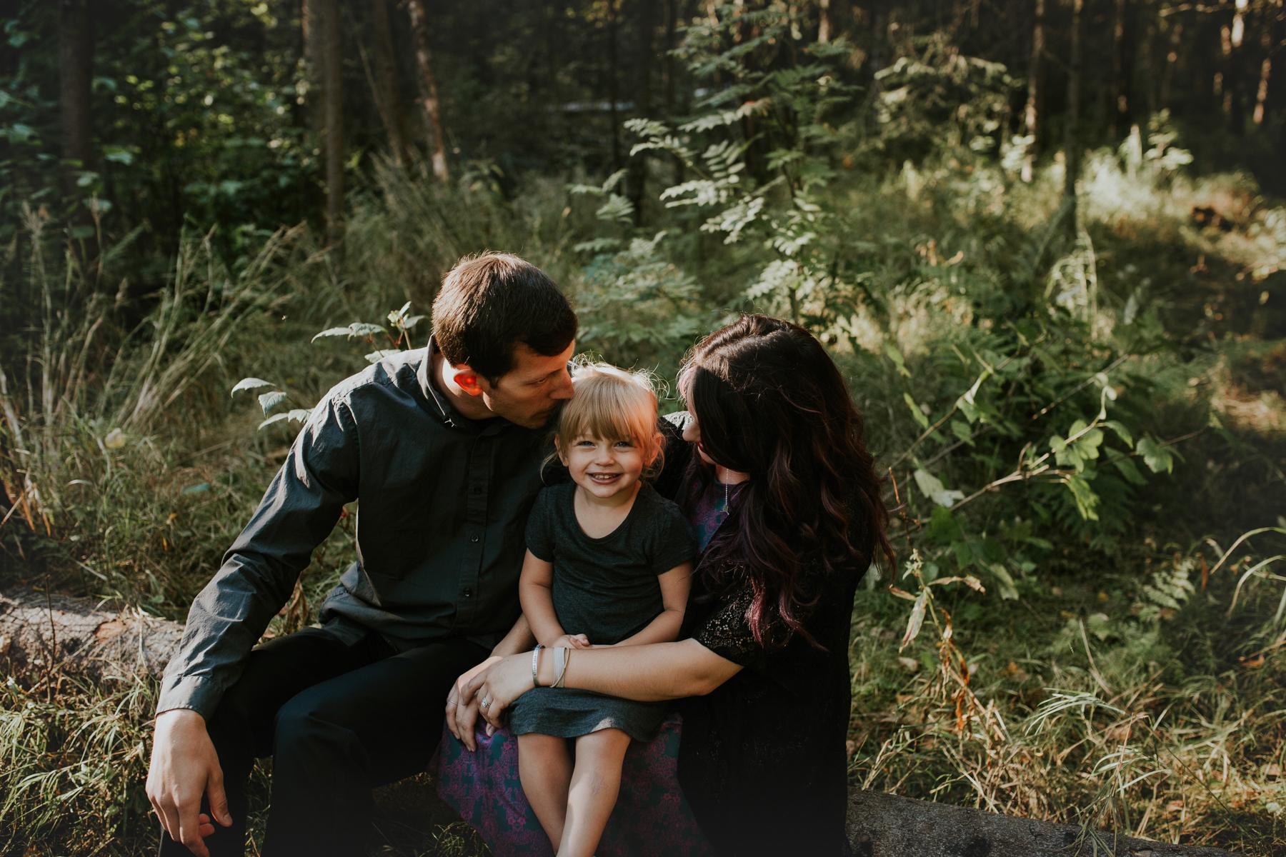 25eagleriveralasksafamilyphotographer.jpg