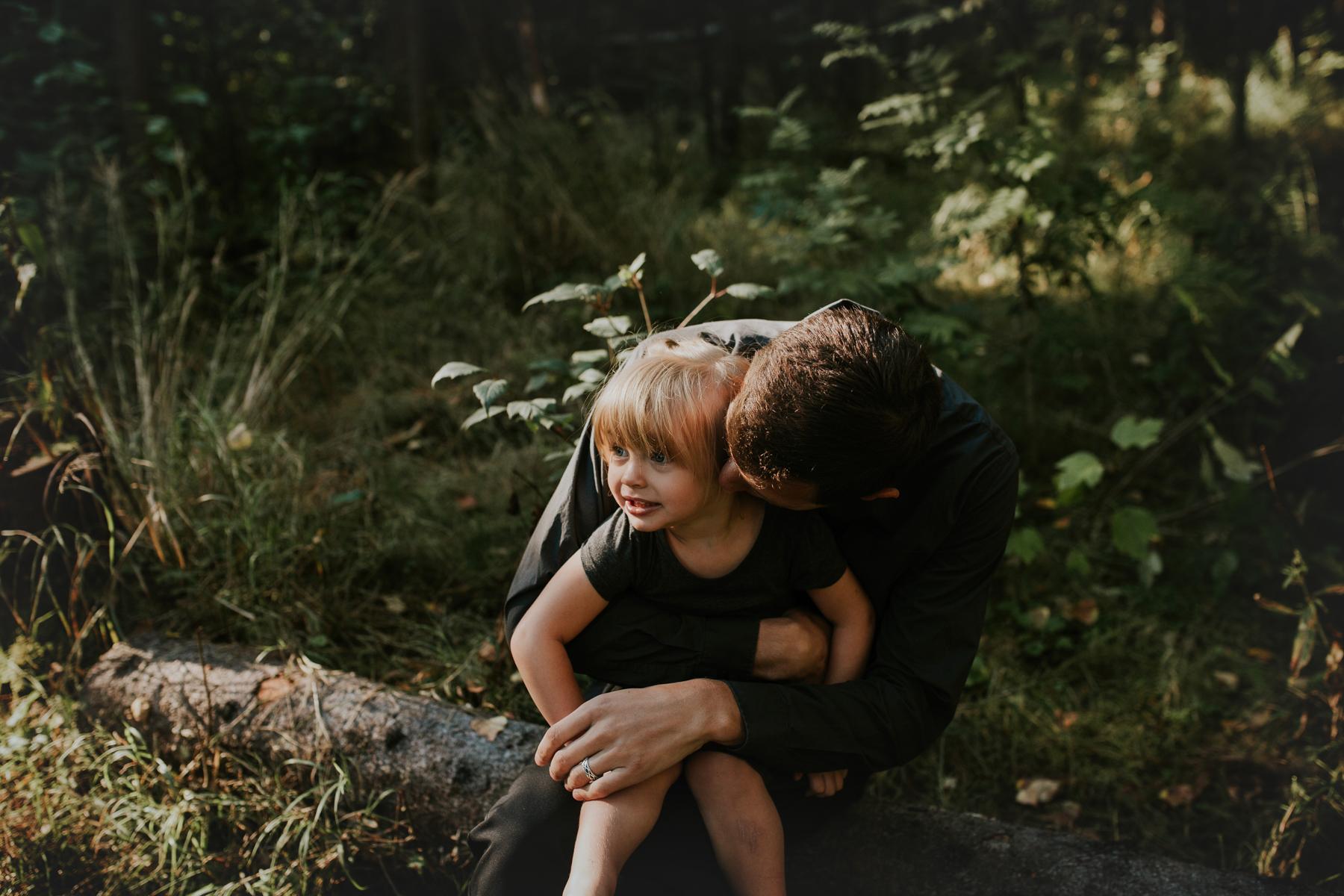 26eagleriveralasksafamilyphotographer.jpg