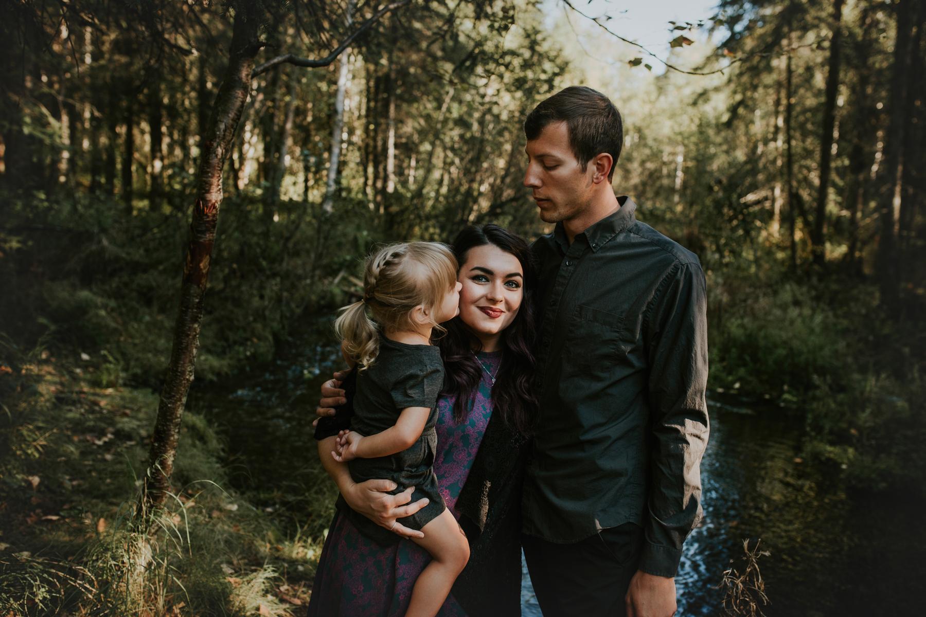 52eagleriveralasksafamilyphotographer.jpg