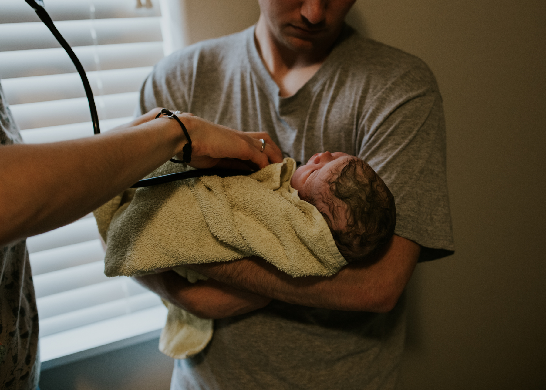 IMG_0553J-Birthanchoragebirthphotographer.jpg