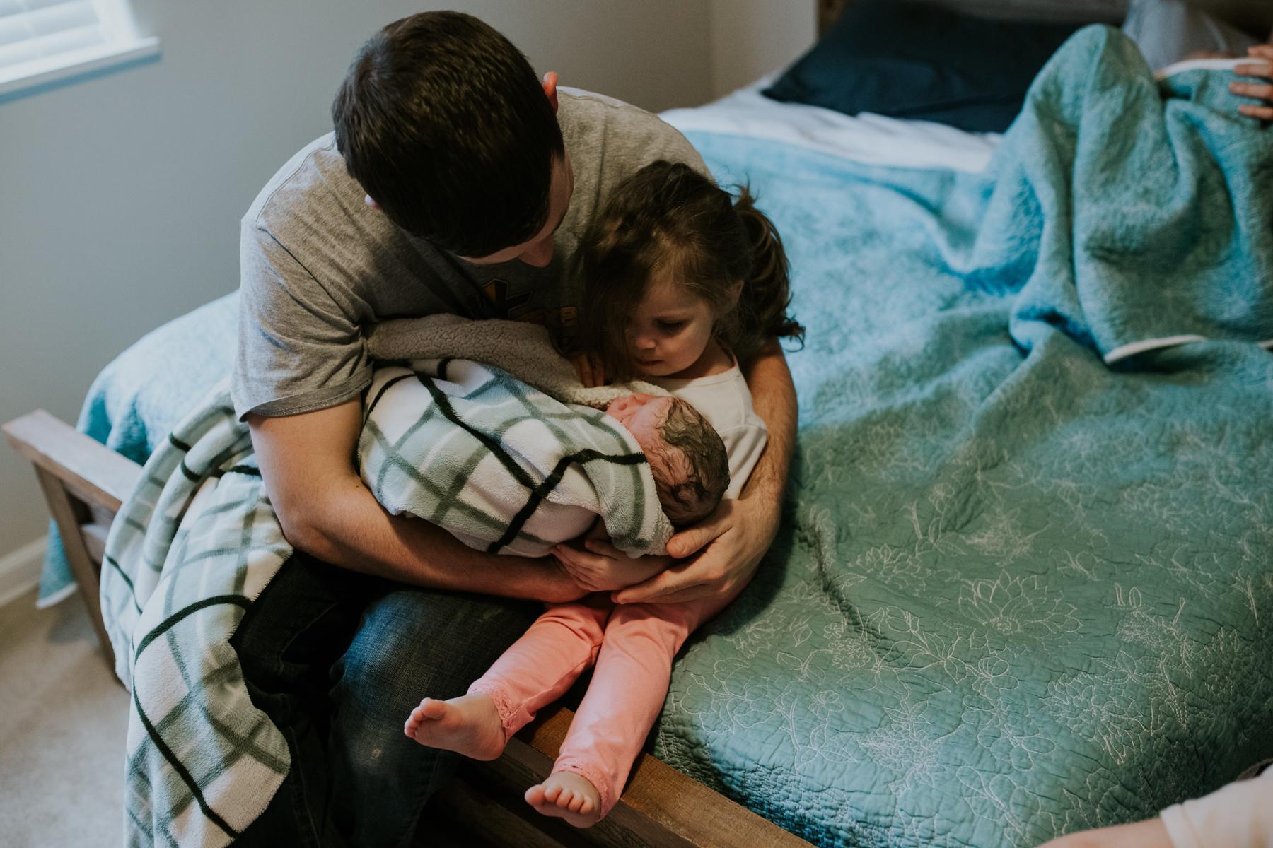 IMG_0637J-Birthanchoragebirthphotographer.jpg