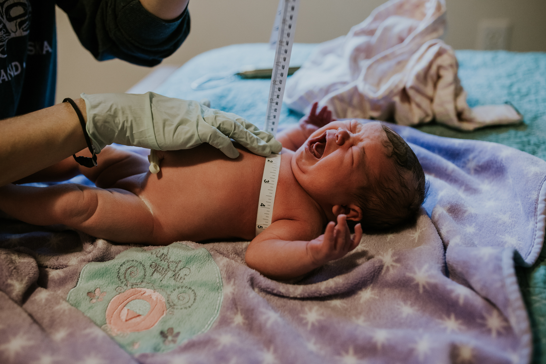 IMG_0791J-Birthanchoragebirthphotographer.jpg