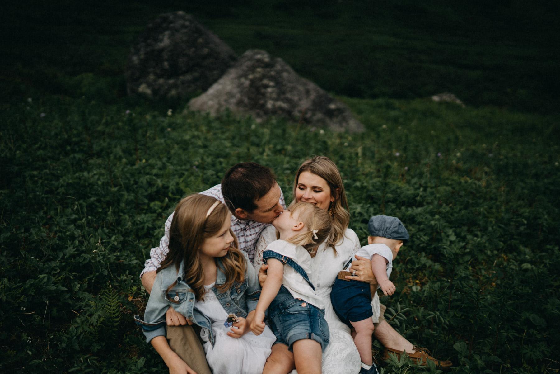 anchoragefamilyphotographer77.jpg