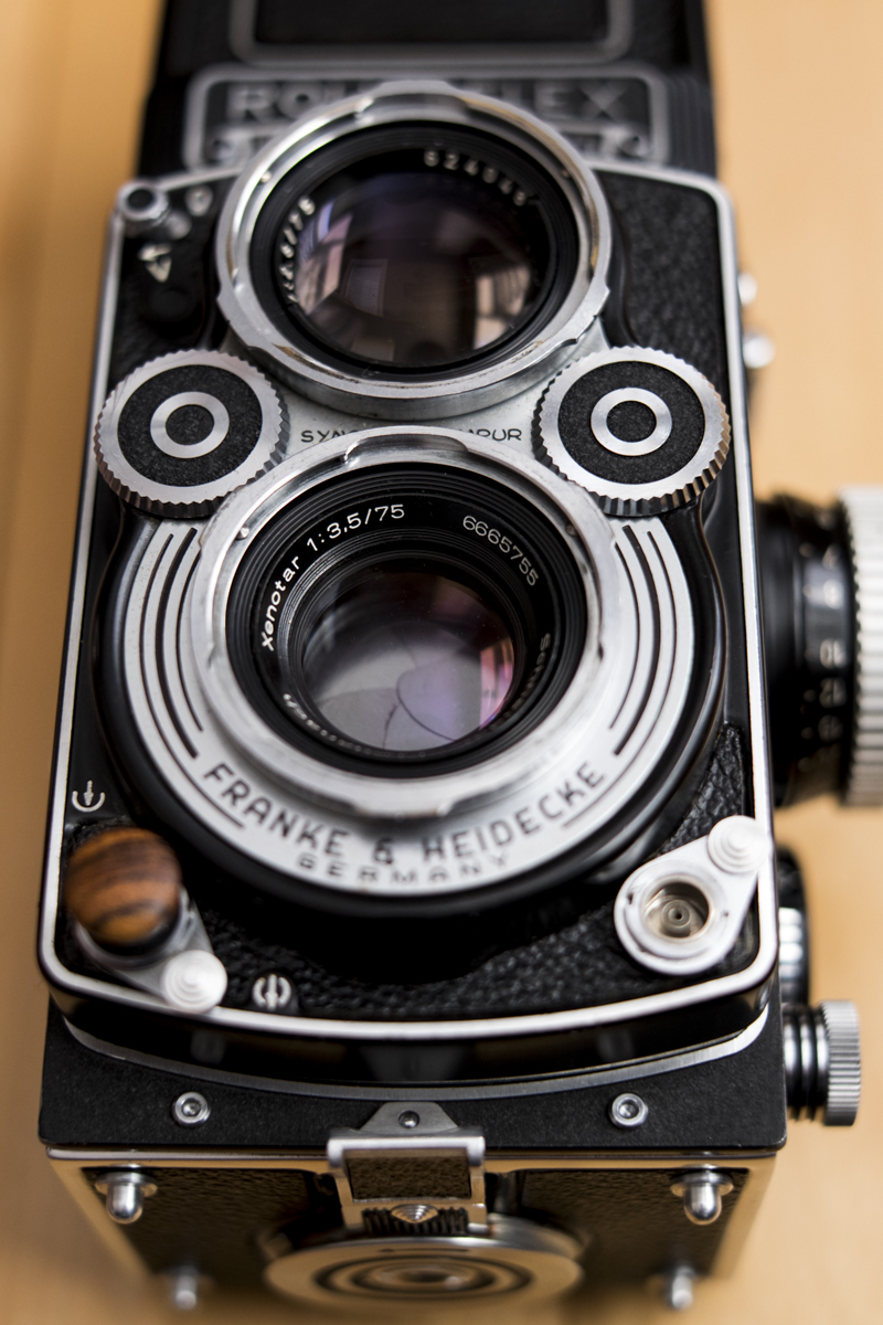 The Xenotar 75mm f/3.5 taking lens of a Rolleiflex 3.5F.