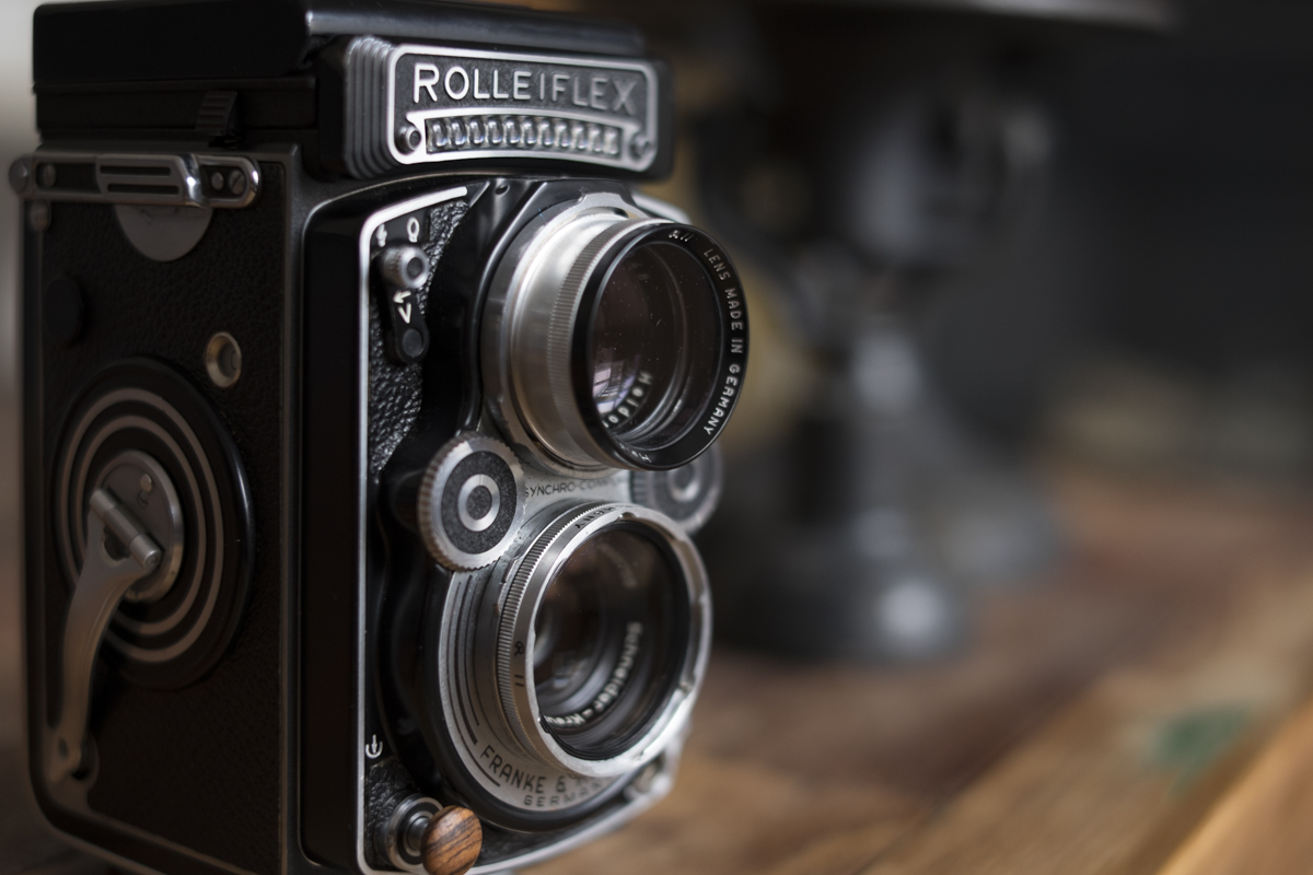 Rolleiflex with the Rolleinar 1 close-up filters attached.
