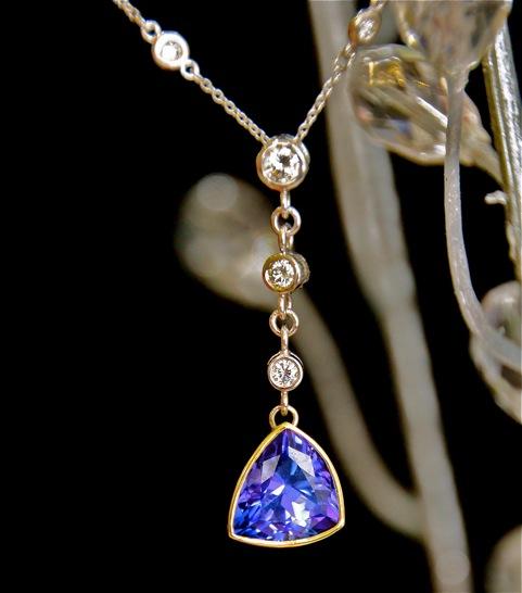 custom_tanzanite_necklace_charity.jpeg