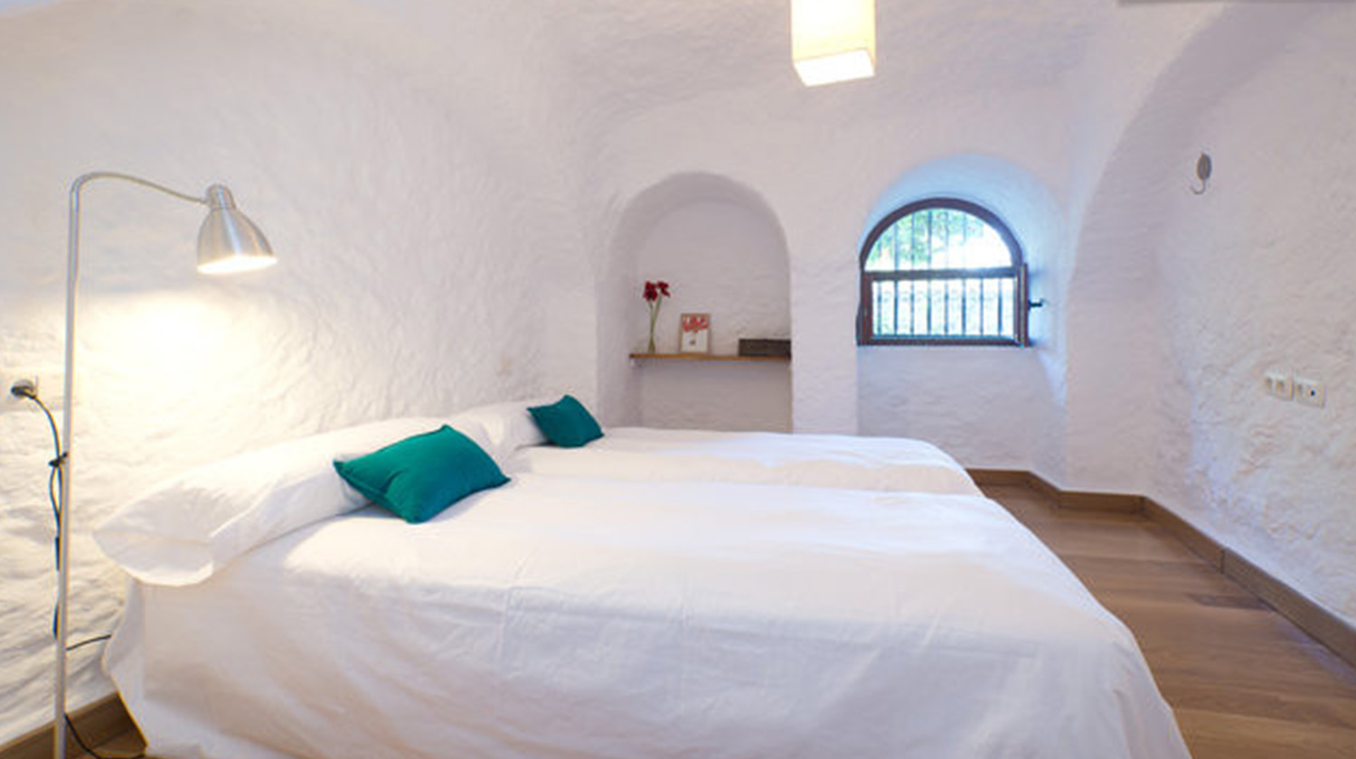 Cave bedroom in Sacromente