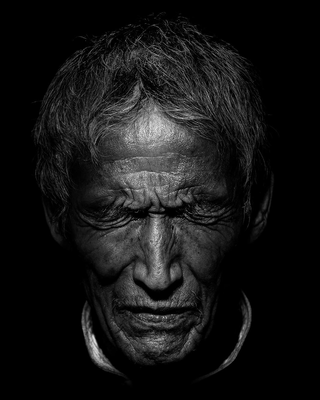 old people bw edit2019a.jpg