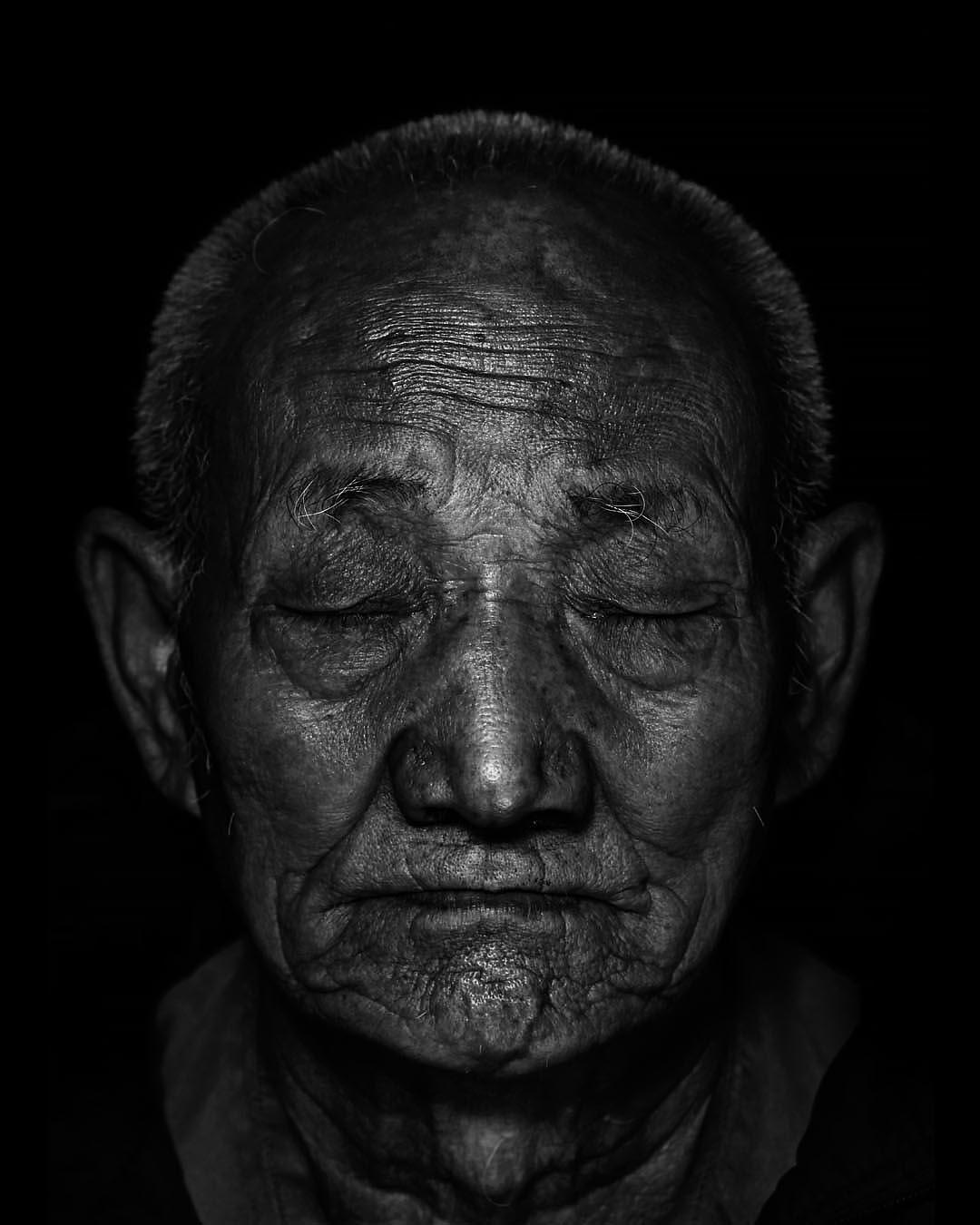 old people bw edit2019g.jpg