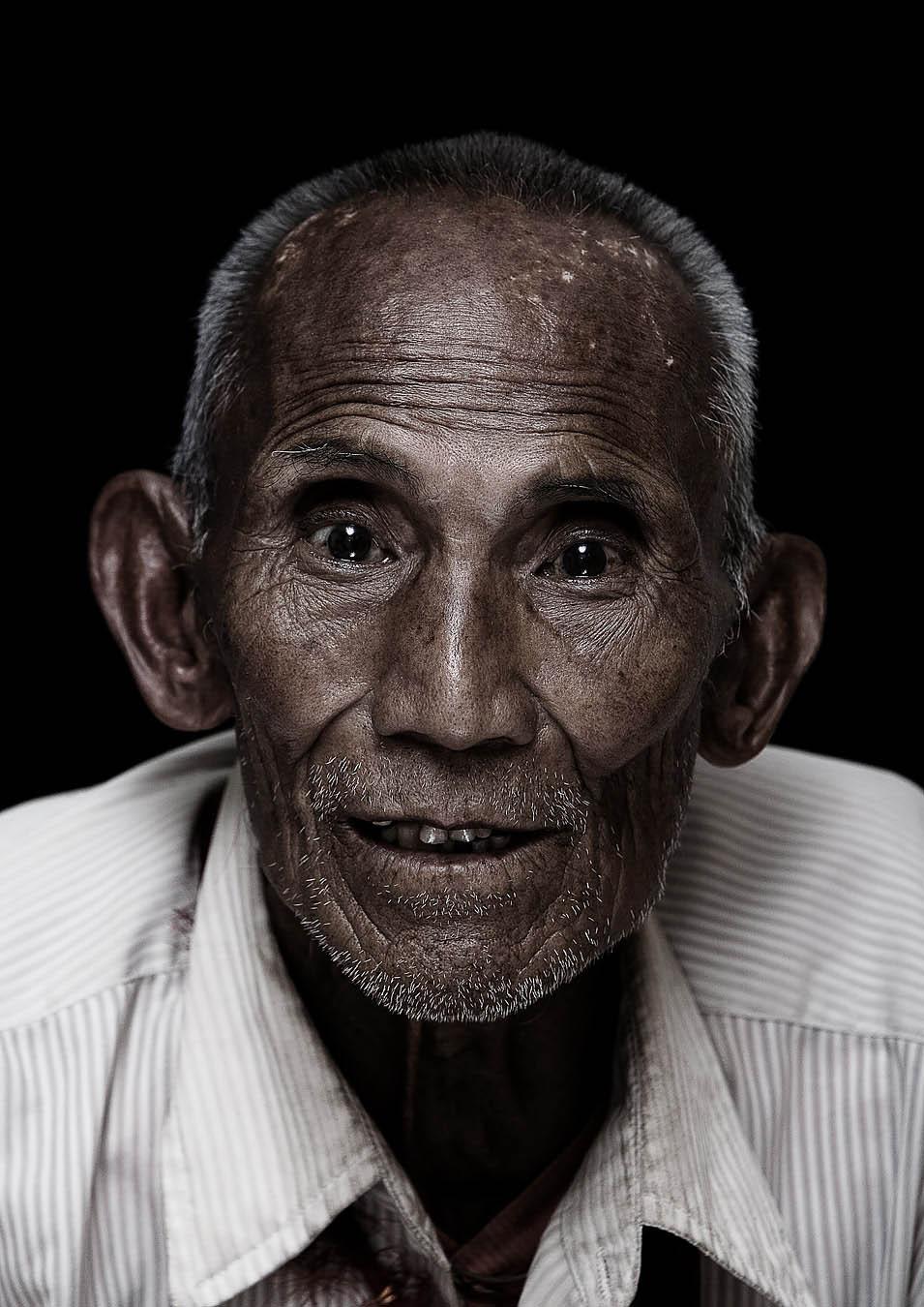Lobsang Chodak 72 year old.jpg