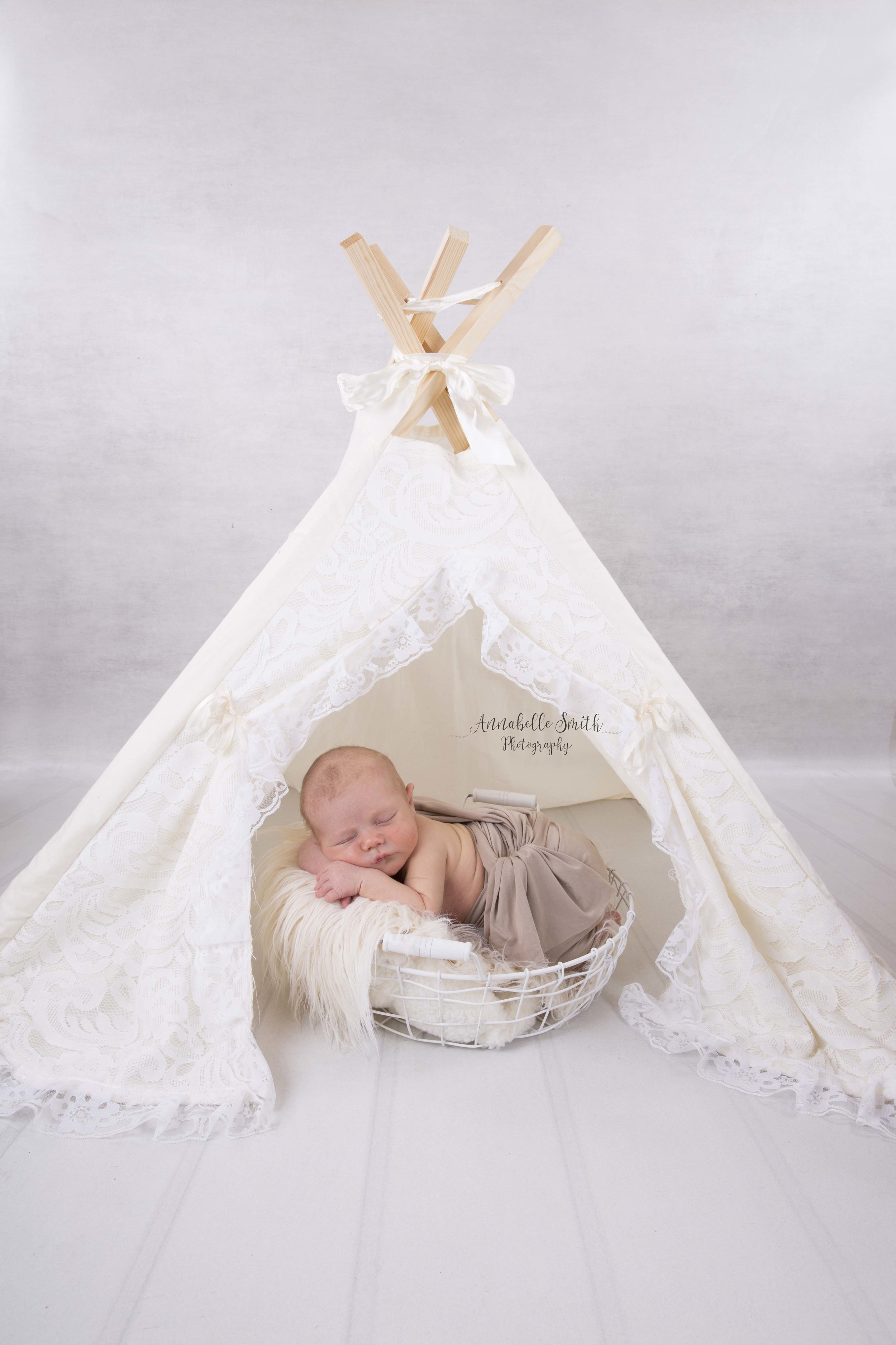 KT12 newborn photgraphy.jpg