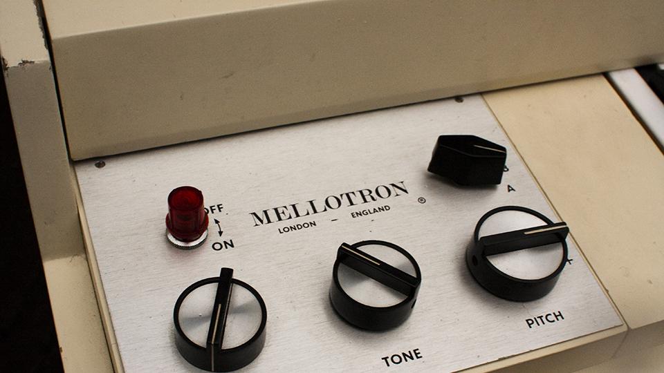 apr18-mellotron-synth