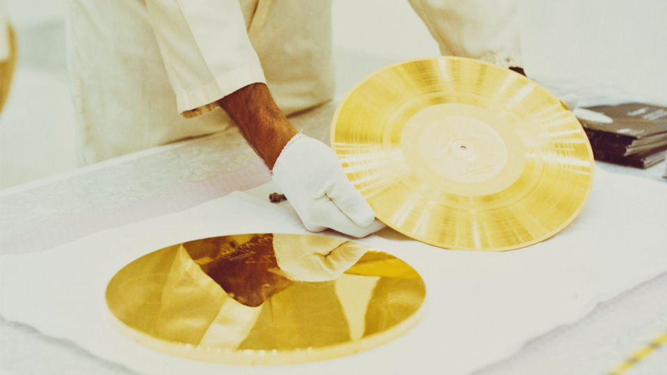 apr22-golden-record-music-in-space-2