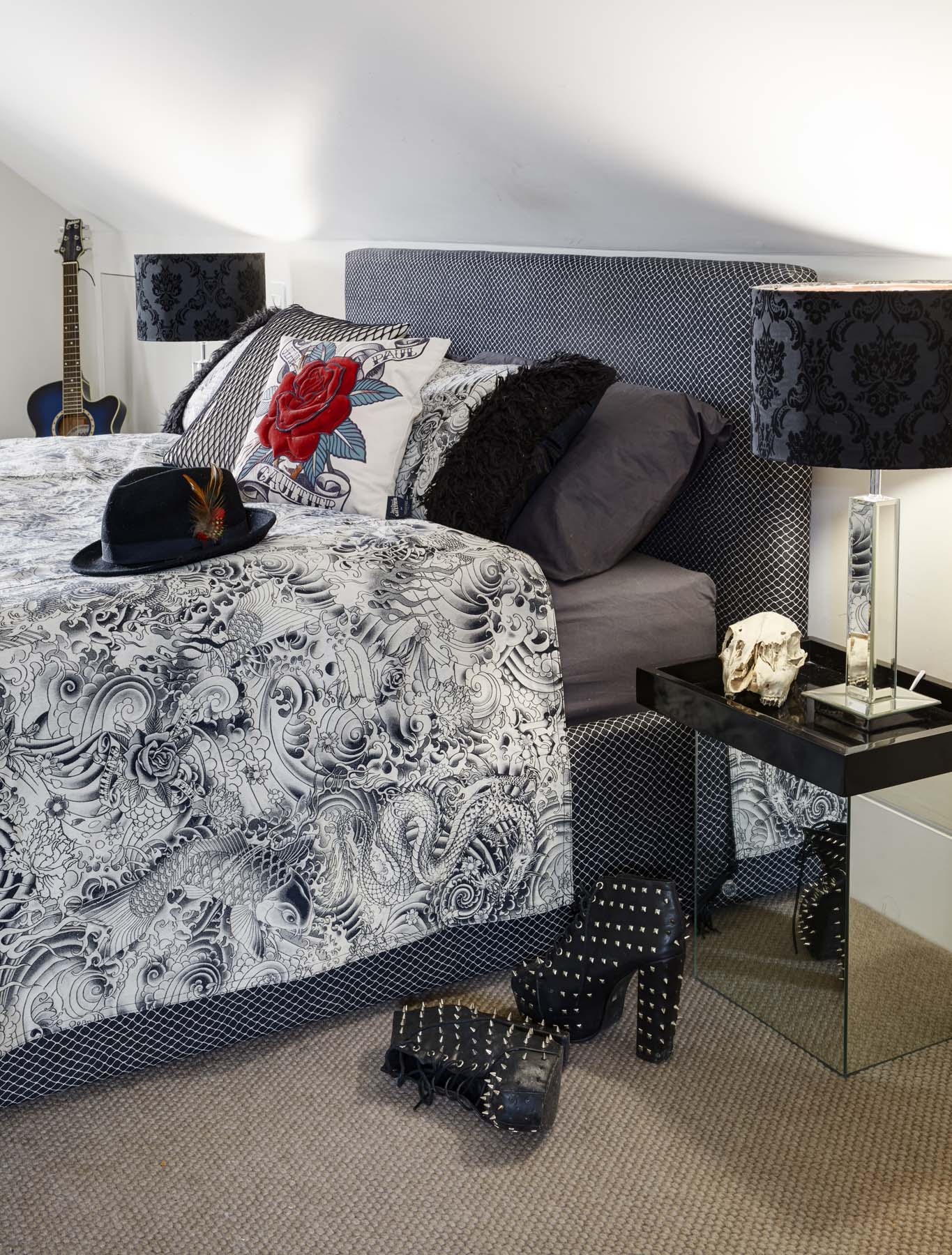 Goth Bed a.jpg