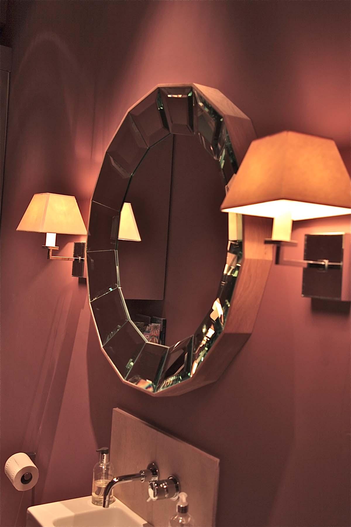 6. Cloakroom 3096.jpg