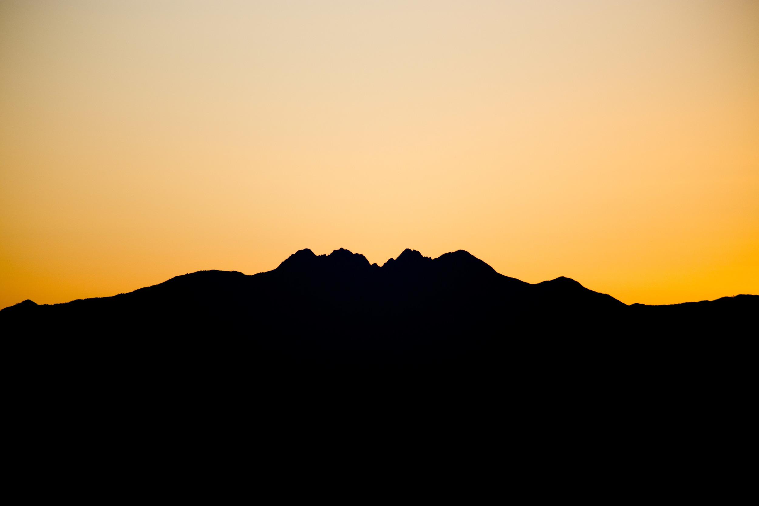 AVC-Sunrise4Peaks.jpg