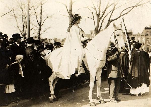 Suffragette Inez Milholland, 1913