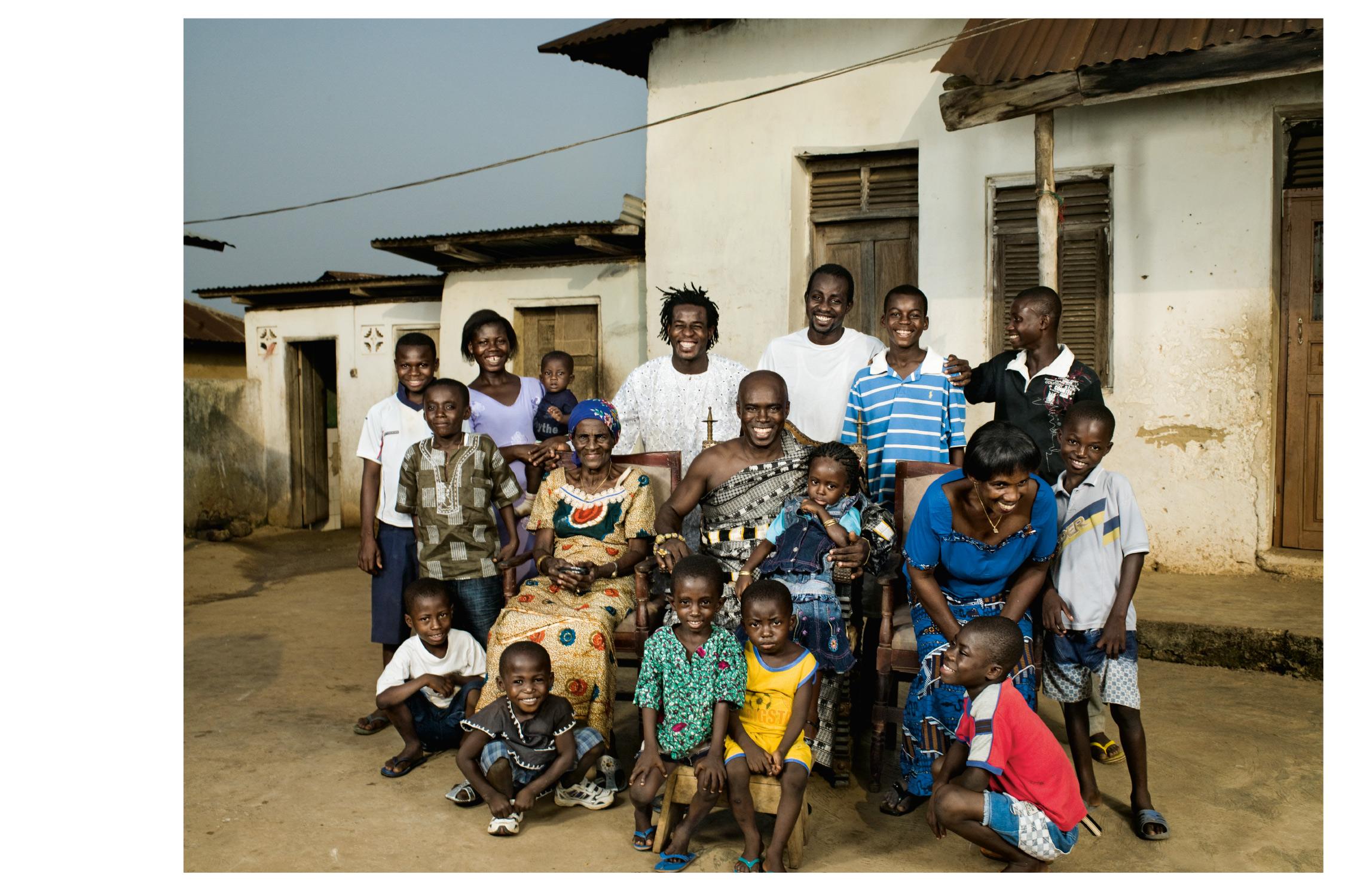 106-Ghana-Family.jpg