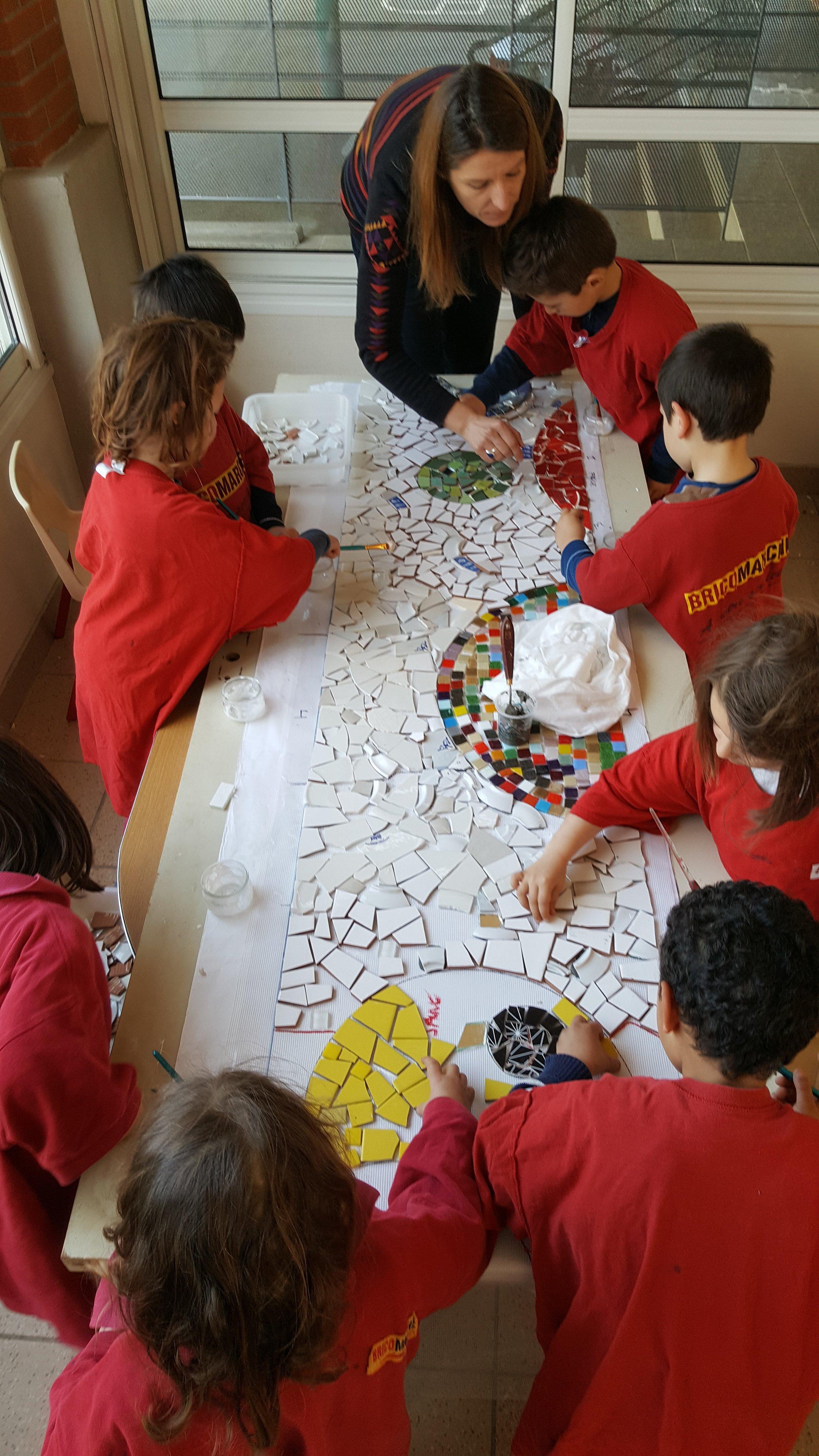 Atelier avec un groupe d'enfants