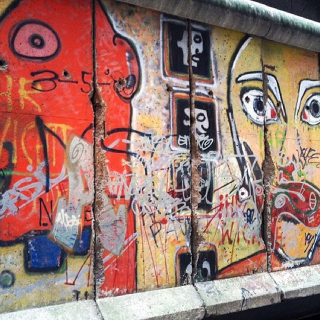 uptown archives #berlinwall
