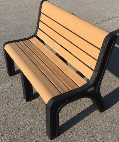 Plastic Recycling of Iowa - 4' Malibu park bench -