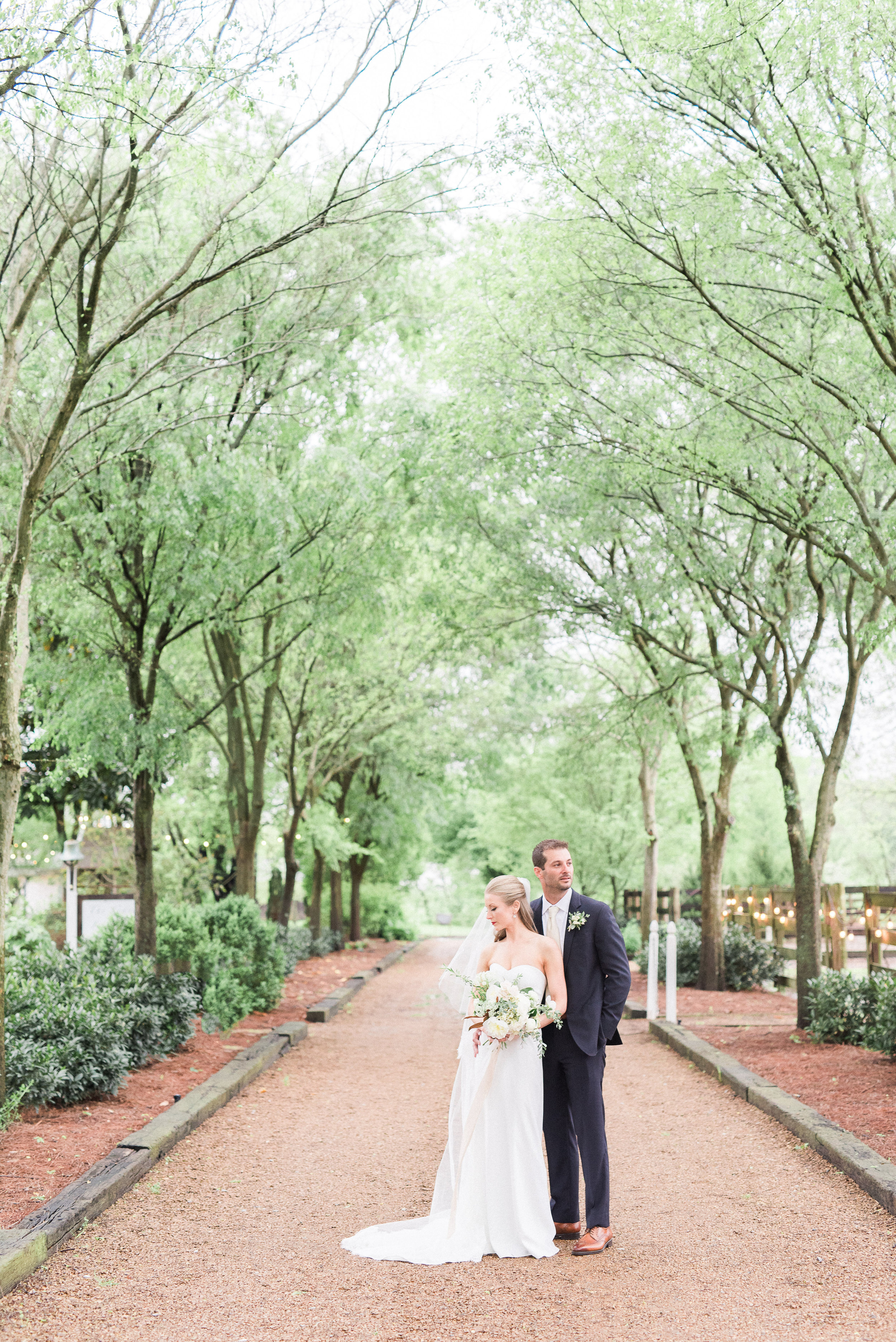 Long Hollow Garden & Nursery - Spring Wedding