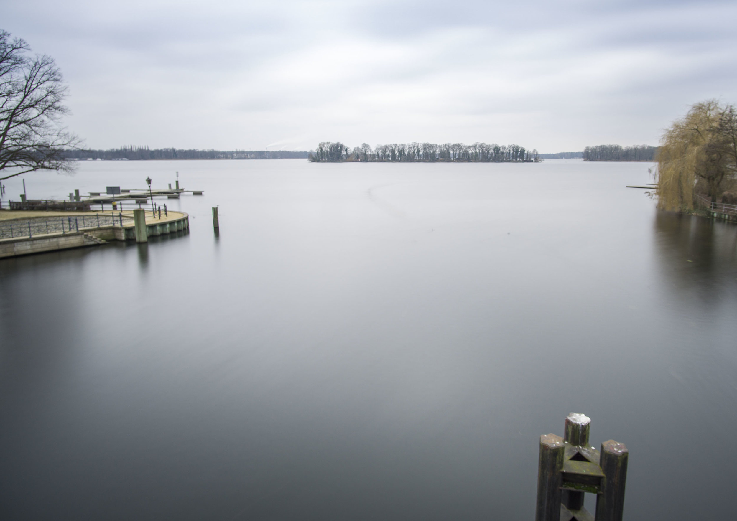 lake_wide2.jpg