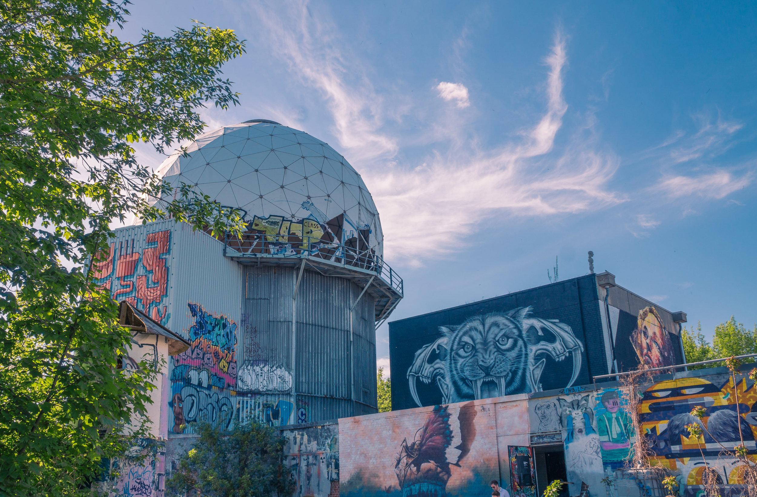 graffiti_towers.jpg