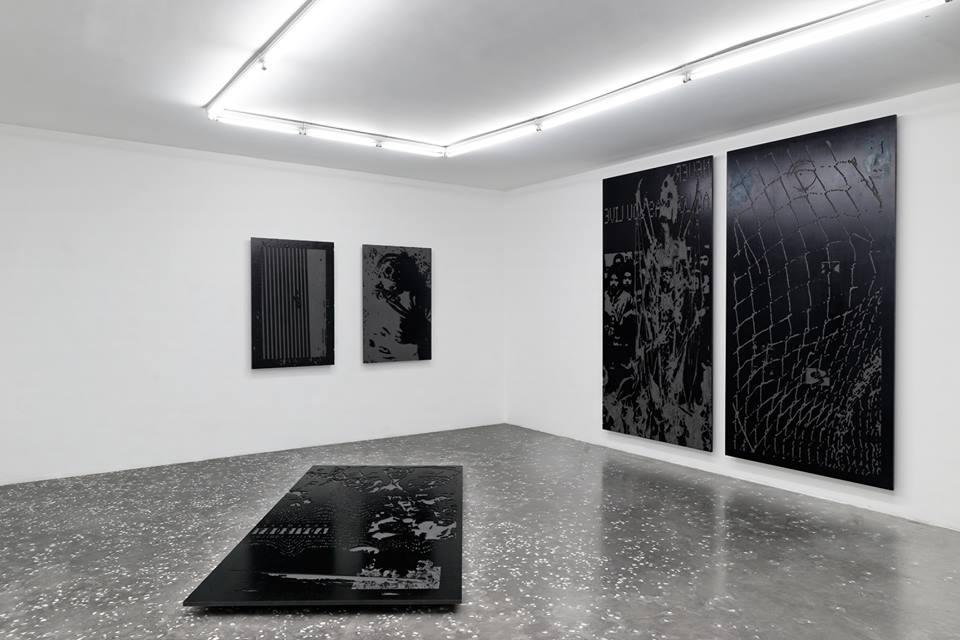 Niki Colón  Grabado con CNC, HDF y tinta (New Galerie, Paris)